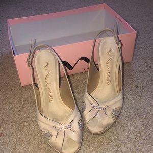 Nina nude heels